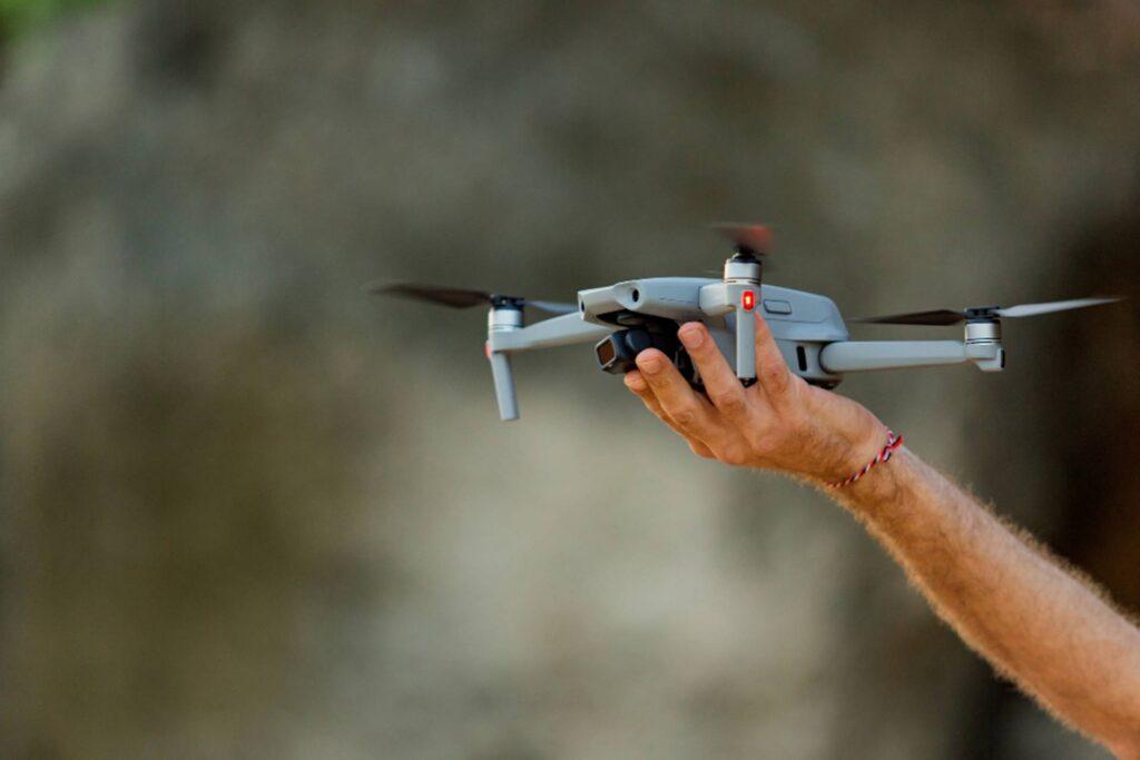 Eleva tu empresa al siguiente nivel imagen de drone